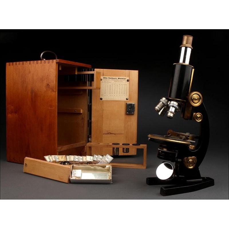 Microscopio Alemán Otto Seibert Fabricado en los Años 20. Con Estuche de Madera. Funcionando
