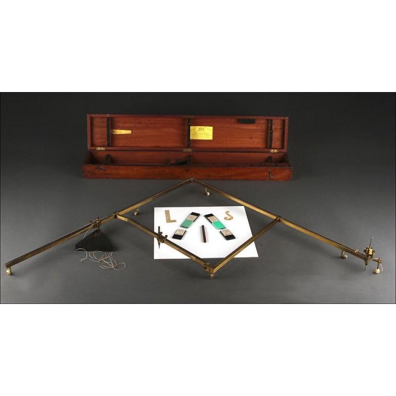Importante Pantógrafo Stanley en su Estuche Original, Fabricado Inglaterra En el S. XIX.
