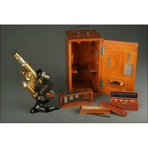Microscopio Alemán E. Leitz Wetlzar de 1917. Con Estuche de Madera y Accesorios. Funcionando