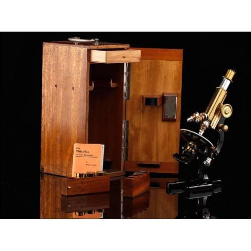 Fantástico Microscopio Seibert en Estuche Original. Alemania, 1910-20. Funcionando
