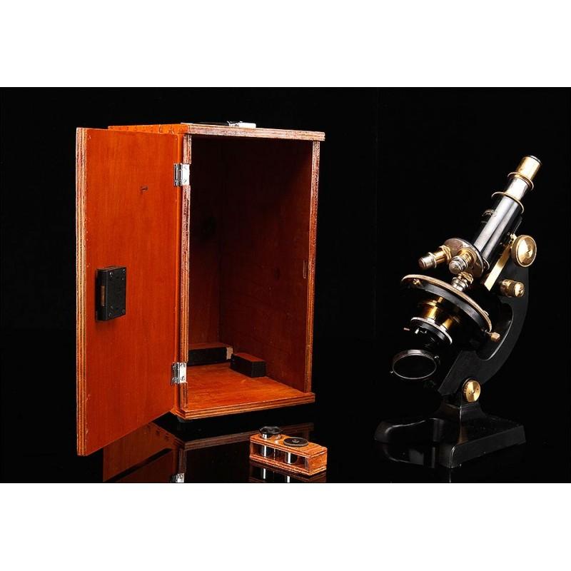 Microscopio Steindorff en Perfecto Funcionamiento. Alemania, Años 20. Con Estuche