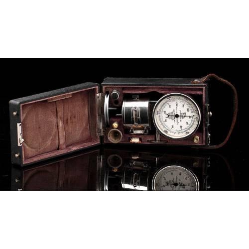 Tacómetro Dr. Th. Horn Fabricado en Alemania en los Años 20. En Perfecto Funcionamiento. Estuche y Accesorios