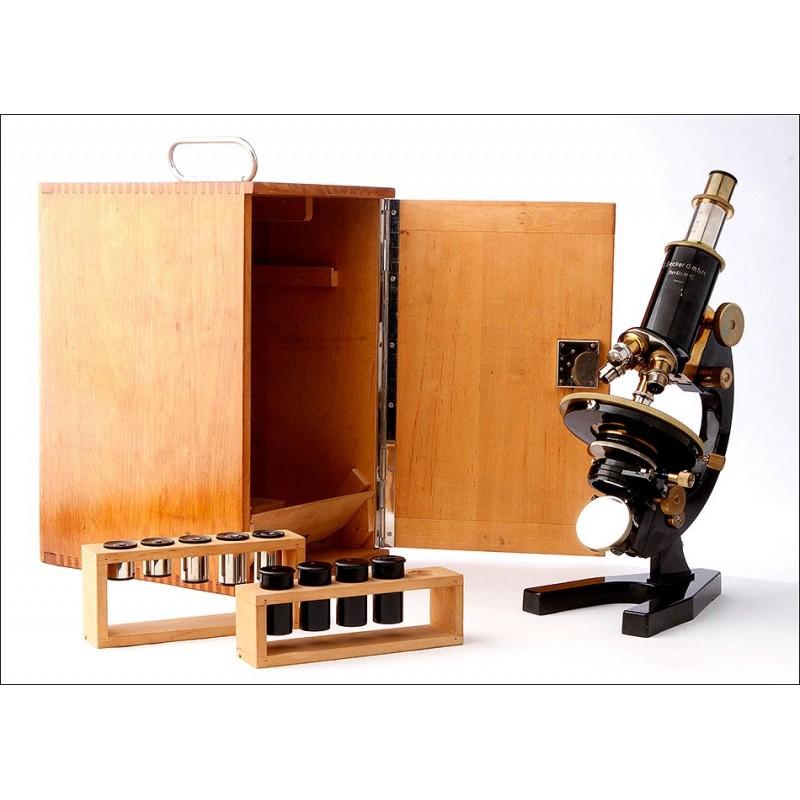 Precioso Microscopio E. Becker, Bien Conservado y Funcionando. Alemania, Años 20-30