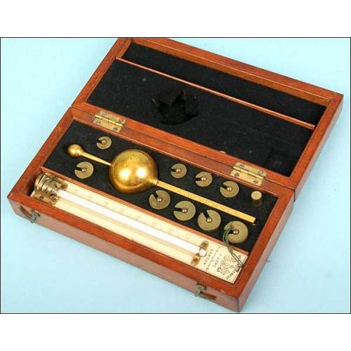 Hidrómetro en su estuche original. 1900