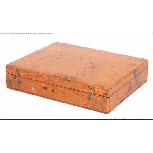 Antiguo estuche de compases. 1900. Completo
