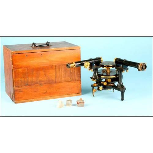Espectroscopio antiguo de finales del siglo XIX, 1870-1900.