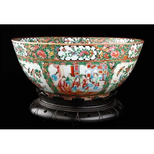 Antiguo Cuenco de Porcelana de Cantón, Familia Verde. China, Circa 1900