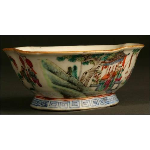 Cuenco Chino de Porcelana, Posiblemente del S. XIX. Decorado a Mano. Sello de Qian Long