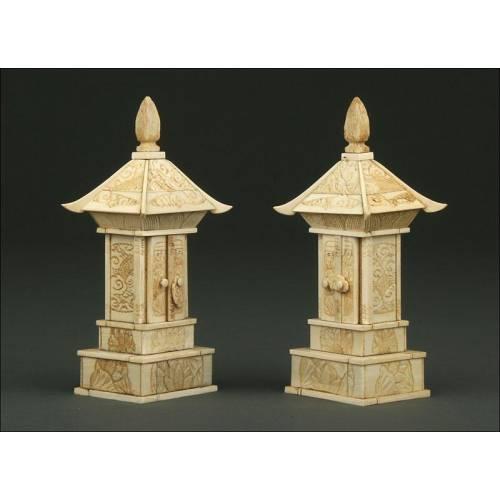 Preciosa Pareja de Pagodas de Marfil Chinas del S. XIX. Antiguas y en Perfecto Estado