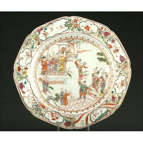 Siglo XVIII - Precioso Plato Chino de Porcelana. Buen Estado
