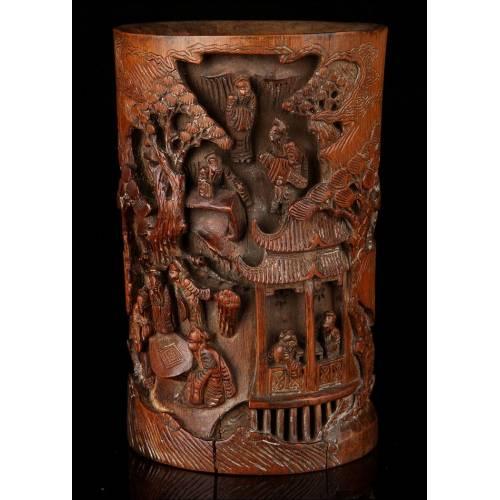 Antiguo Bote Chino Para Pinceles de Bambú Tallado. Siglo XIX. Pieza Artística con Grabados Orientales