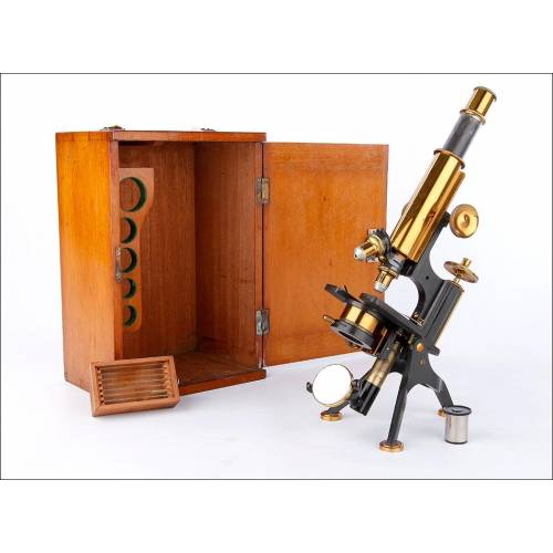 Precioso Microscopio Antiguo Johnson & Sons. Inglaterra, Circa 1900