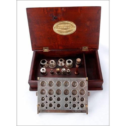 Antigua y Completa Prensa Para Píldoras De Uso Farmacéutico. Inglaterra, Circa 1900