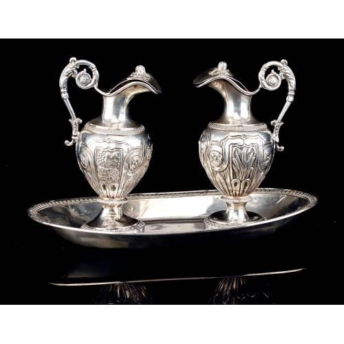 Preciosas Vinajeras Litúrgicas de Plata Maciza Antiguas. Francia, 1818-38