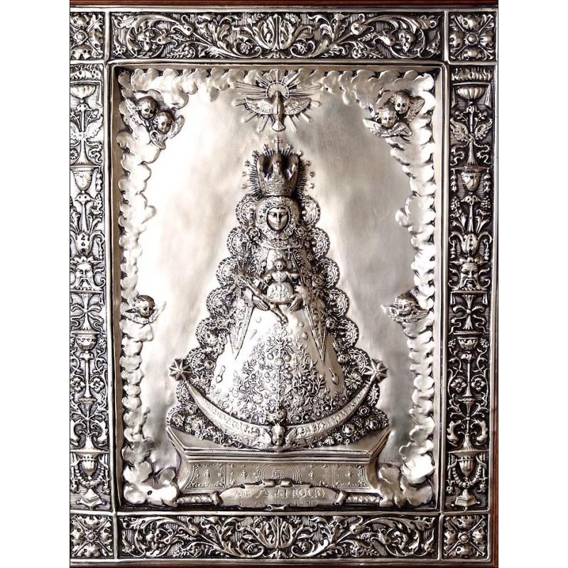 Precioso cuadro de los años 70 en cobre repujado y plateado con imagen de la Virgen de Rocío. Patrona de Almonte
