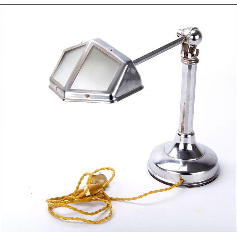 Bellísima Lámpara de Sobremesa Art Déco en Buen Estado. Años 20-30 del Siglo XX