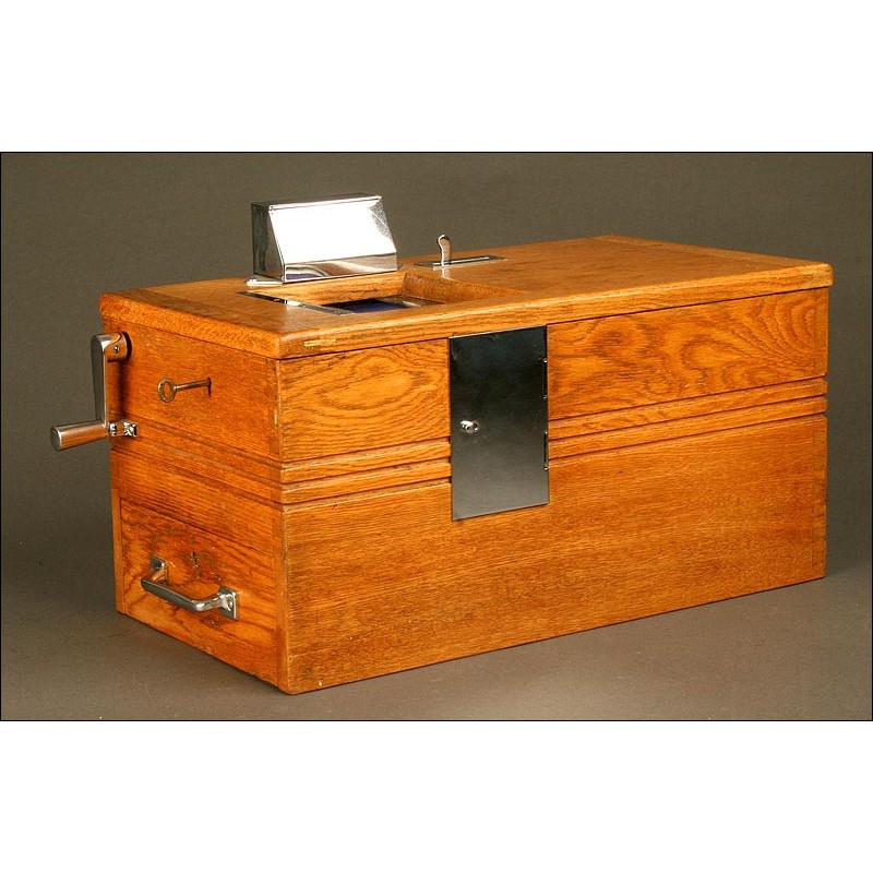 Caja Registradora de Madera Marca Gledhill. Años 50 del S. XX. Funciona Perfectamente