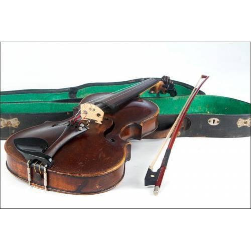 Impresionante Violín Fabricado en 1706 por el Maestro Matthias Albanus. Con Etiqueta Firmada